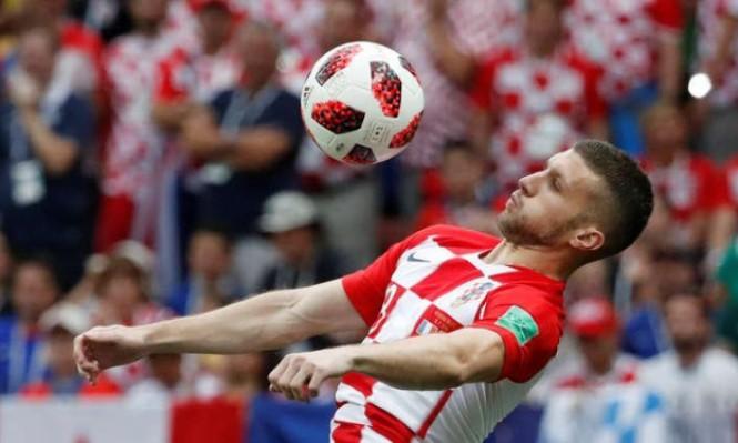 نجم منتخب كرواتيا يسدد ديون قريته
