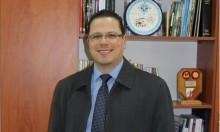 """د. حكيم من الناصرة: """"التفكير الإيجابي"""" علاج فعال لمواجهة السرطان"""