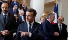 حارس ماكرون يحرج وزير الداخلية الفرنسي بالبرلمان