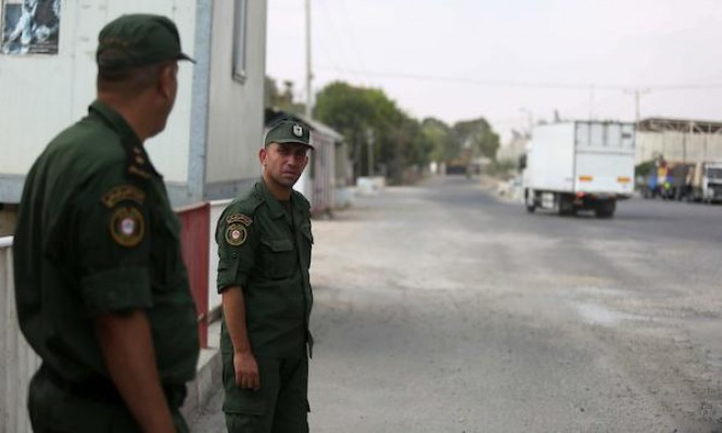إغلاقُ معبر كرم أبو سالم يسحب غزّة نحو القاع