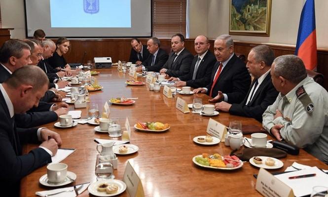 """مصادر إسرائيلية: روسيا تسعى لـ""""حزام أمني"""" في سورية بعرض 100 كلم"""