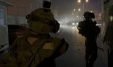 الاحتلال يعتقل 13 فلسطينيا ويدمر شبكة المياه بطوباس