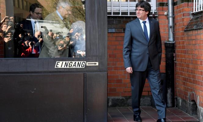 زعيم كاتالونيا السابق يعود لبلجيكا بعد فشل ترحيله لإسبانيا