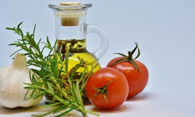 """دراسة: حمية """"البحر المتوسط"""" تُقلل أعراض مرض الصدفية"""