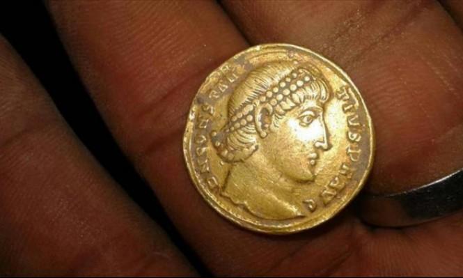 اليمن: العثور على عملات ذهبية تعود لفترة الاستعمار البريطاني