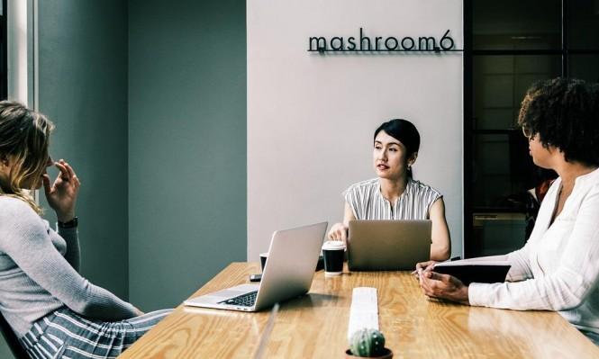ساعات العمل الطويلة قد تزيد من خطر إصابة النساء بالسكري