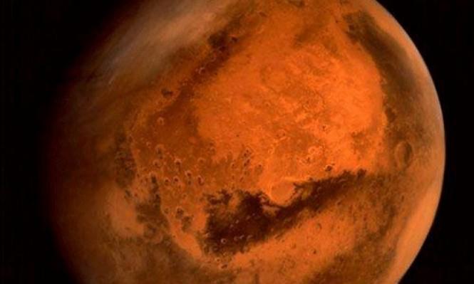 المريخ يقترب من الأرض منتصف الليل