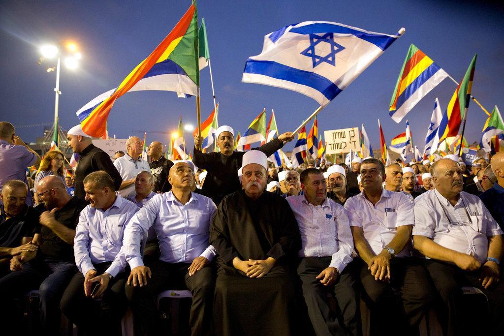 """عشرات الآلاف يتظاهرون في تل أبيب رفضًا لـ""""قانون القوميّة"""""""