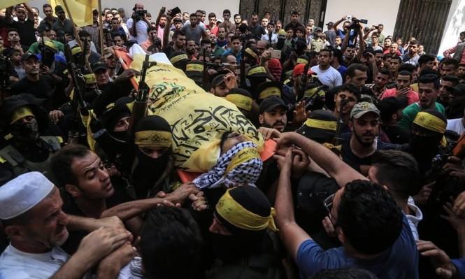 """غزة: تشييع حاشد لشهيدي جمعة """"شهداء القدس"""""""