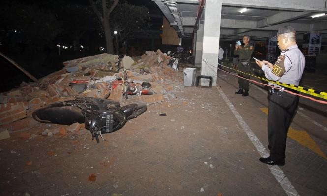 أندونيسيا: مقتل 32 في زلزال ضرب جزيرتَي لومبوك وبالي