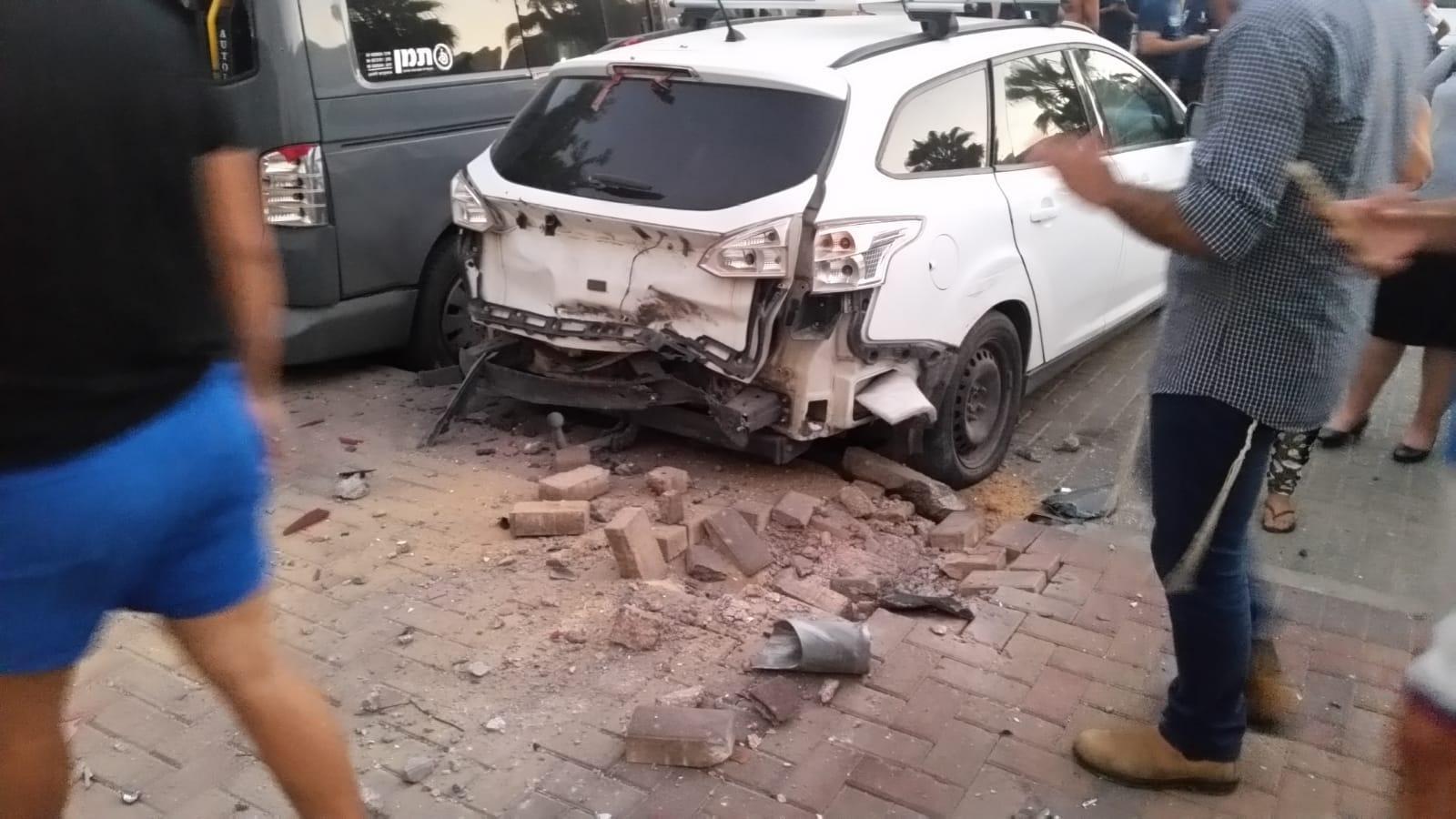 الاحتلال يقصف بغزة: 3 شهداء منهم امرأة حامل