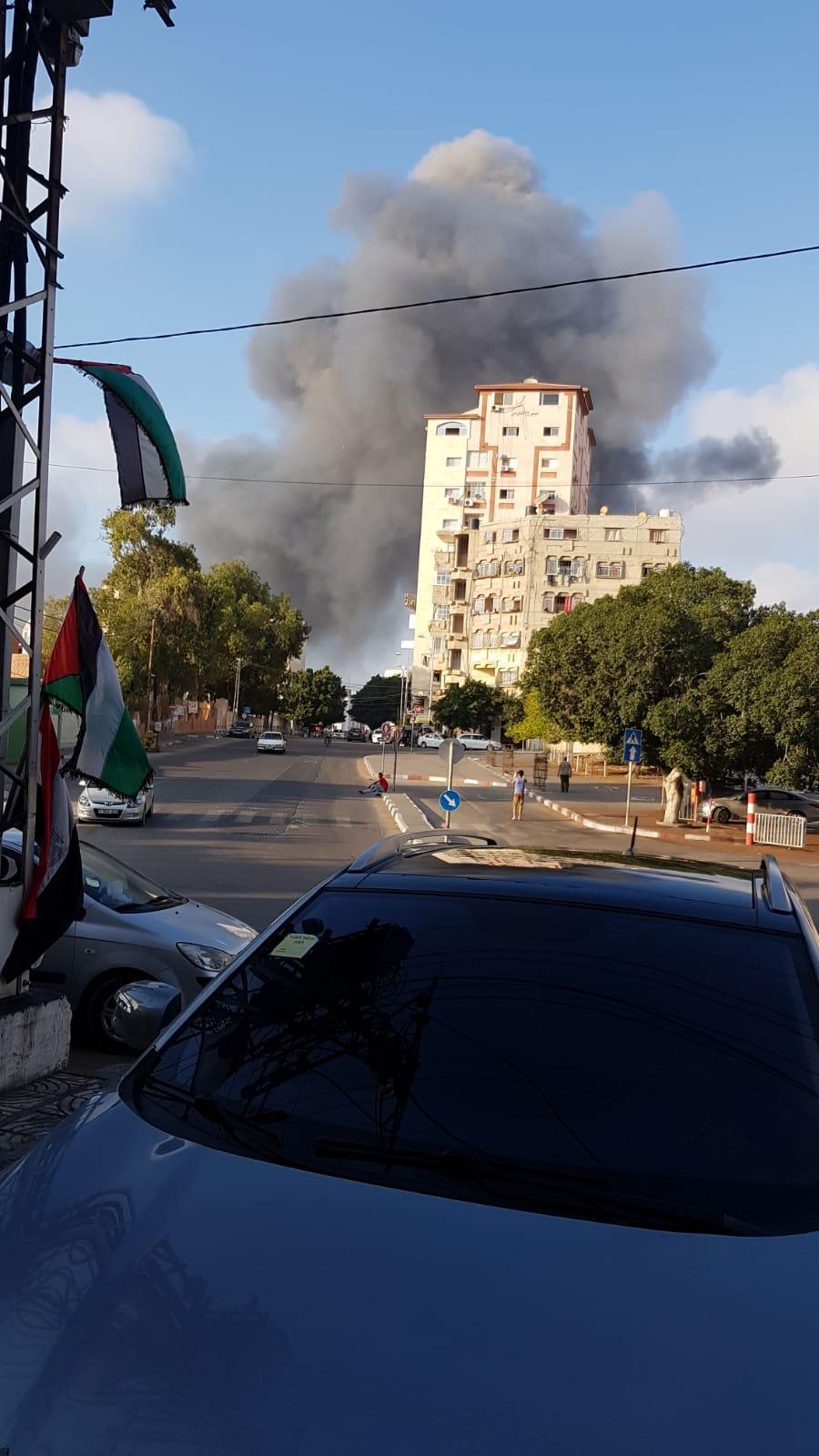 """مصادر لـ""""عرب 48"""": الفصائل تلاحق سلفيين أطلقوا """"غراد"""" باتجاه بئر السبع"""