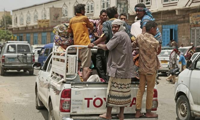 المعارك بالحديدة تشرد 50 ألف عائلة يمنية