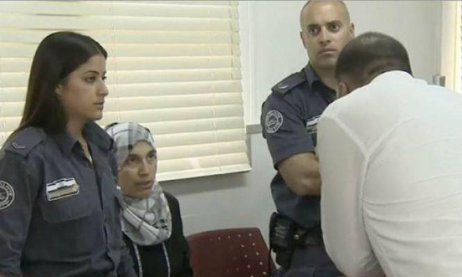 محكمة عسكرية تمدد اعتقال الكاتبة خاطر 12 يوما