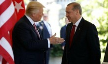 ترامب يفرض عقوبات جديدة على تركيا والليرة تتراجع