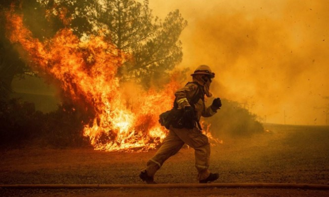 الولايات المتّحدة: حرائق ضخمة جديدة وتلوُّث كبير للهواء في كاليفورنيا