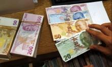 الليرة التركية بين عقوبات وتعهّدات وحرب تجارية وشيكة