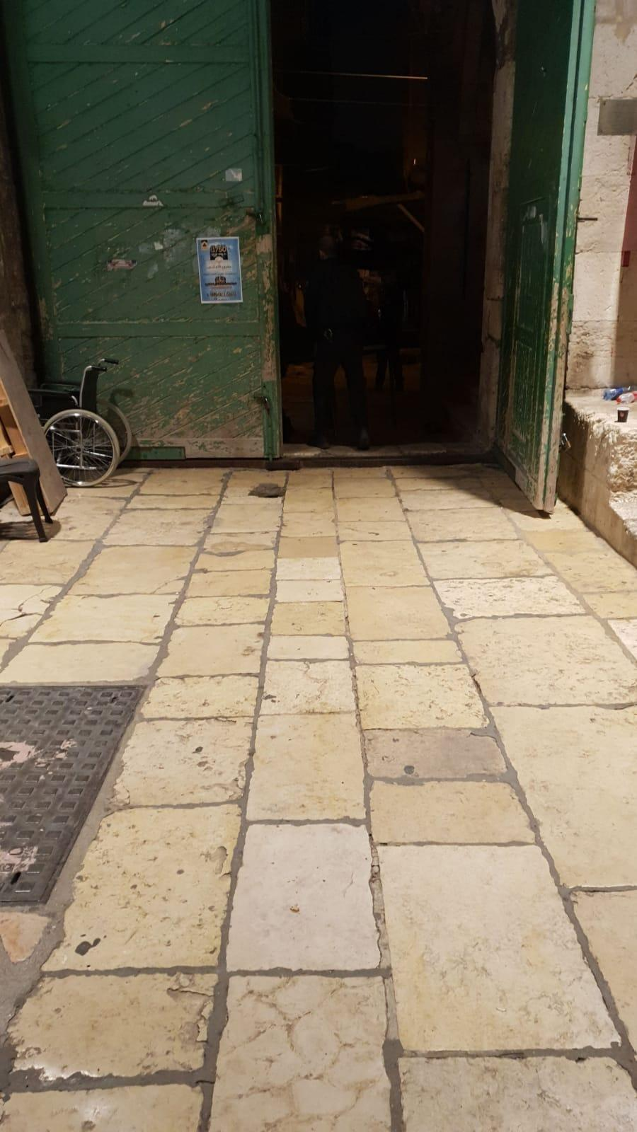 القدس: إعادة فتح أبواب الأقصى