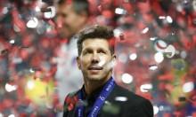 مدرب أتلتيكو مدريد يحسم مصير لاعبه لويس