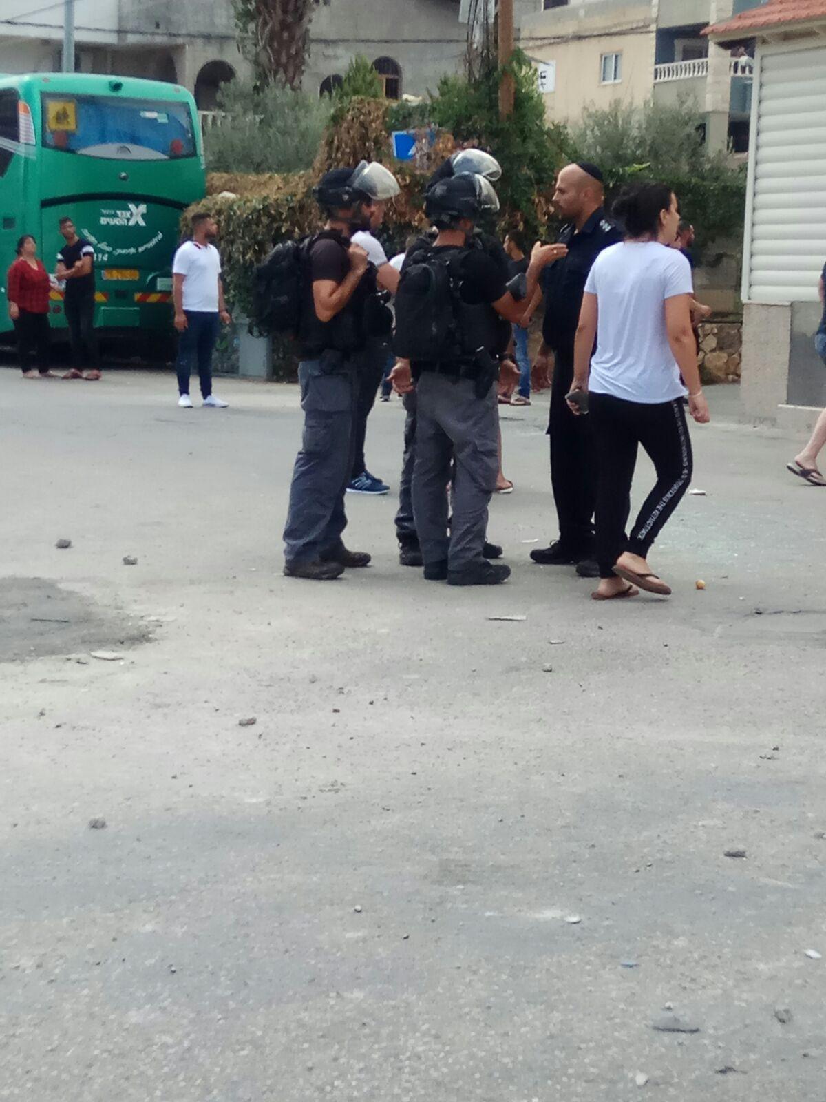 شجار مجد الكروم: موتُ رجل متأثرا بنوبة قلبيّة وإصابات واعتقالات