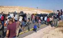 مصرع شخصين وإصابة 14 في انقلاب حافلة بالسواحرة