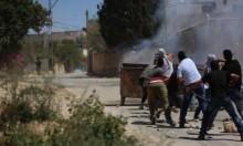 الاحتلال يعتدي بالضفة: إصاباتٌ واعتداءات على مسيرات سلميّة
