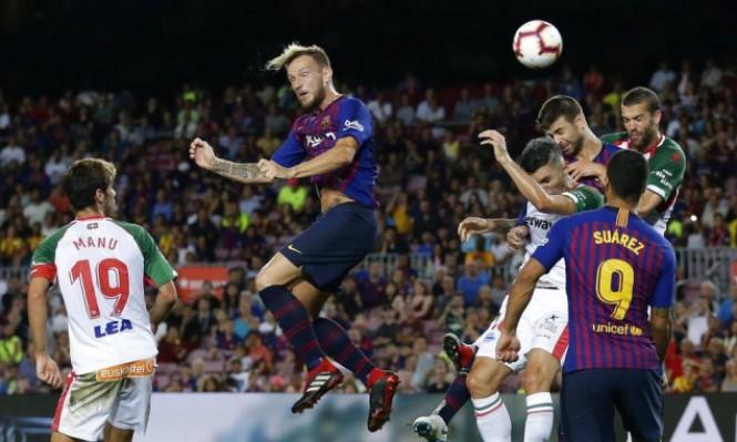 برشلونة ينجو من فخ بلد الوليد
