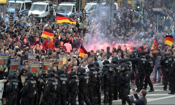 ألمانيا: اشتباكات بين متظاهرين من اليمين واليسار بعد مقتل شخص