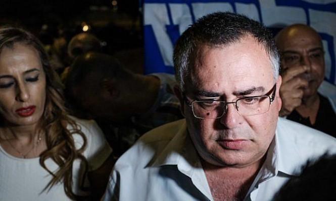 التحقيق مع رئيس الائتلاف الحكومي السابق: 55 ألف دولار رشوة