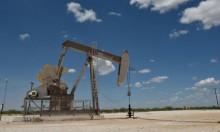 ارتفاعُ النفط بفعل انخفاض المخزون الأميركي واقتراب عقوبات إيران