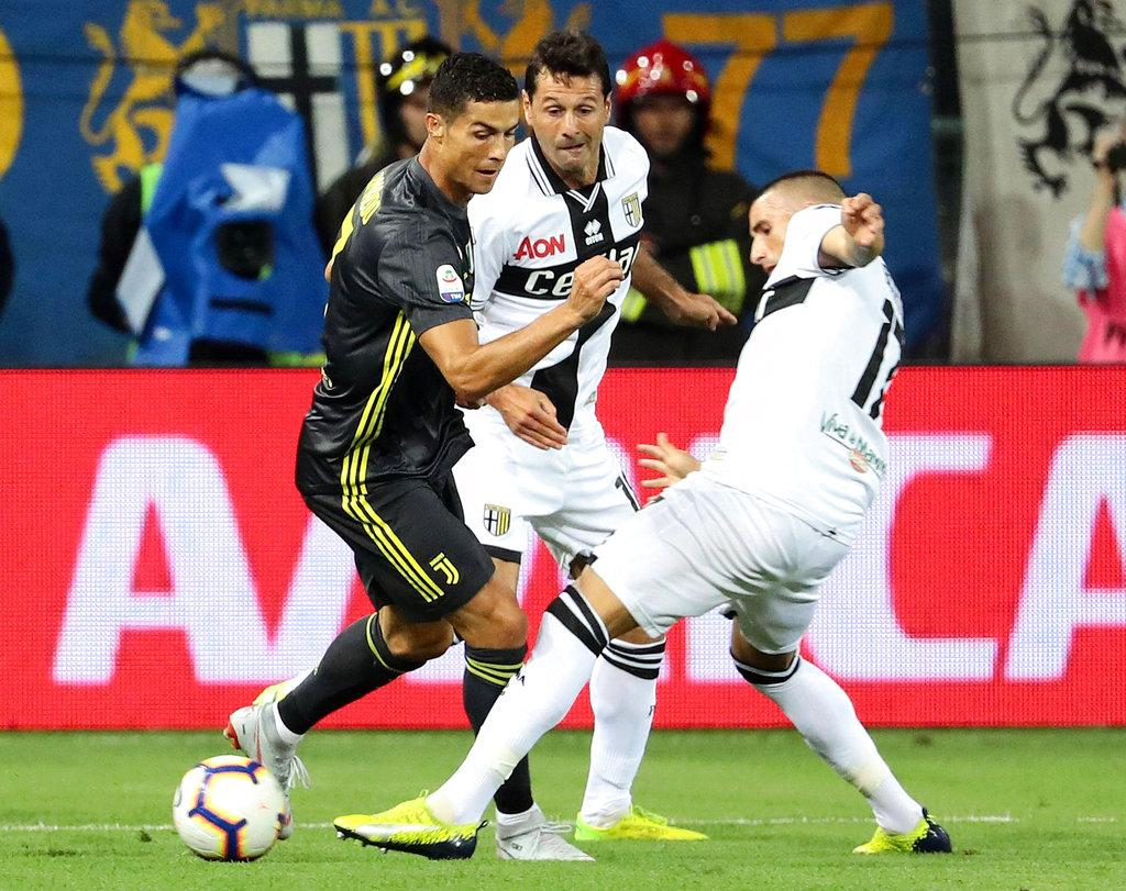 يوفنتوس يجتاز بارما بهدفين مقابل هدف