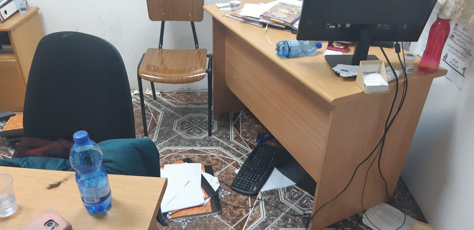طمرة: شابة تعتدي على مكتب الرفاه الاجتماعي