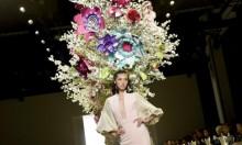 """الأزهار ملكة """"الألوان"""" في أسبوع نيويورك للموضة"""