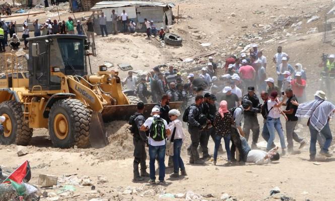 السلطة تطالب الجنائية الدولية بوقف هدم الخان الأحمر