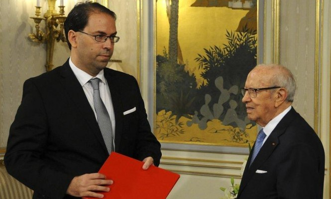 """استمرار الأزمة الحادة داخل """"نداء تونس"""" وتجميد عضوية الشاهد"""