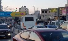 حافلة تقل جنودًا تدخل مخيم قلنديا واندلاع مواجهات