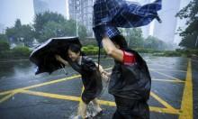 """إعصارُ """"مانكوت"""" يضرب الصين ويخلف الدمار"""