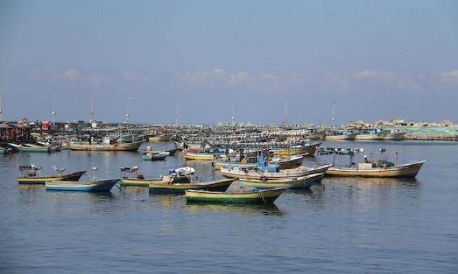 """الاحتلال يعترض سفينة """"كسر الحصار"""": إصابة بالرصاص الحي"""
