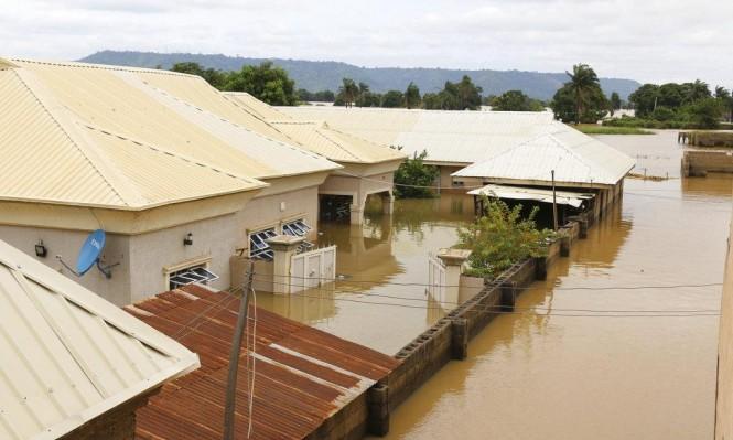 نيجيريا: 100 قتيل في فيضان نهري النيجر وبينويه