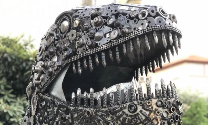 """""""صرخة الديناصور"""" في قرية شعب"""