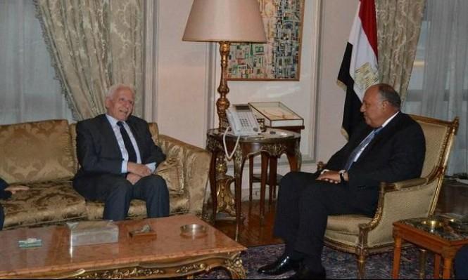 """وفد فتح يبحث بالقاهرة """"التهدئة"""" والمصالحة"""