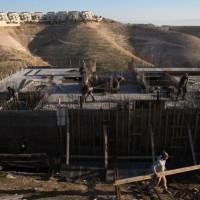 """بناء 300 وحدة استيطانية في """"بيت إيل"""""""