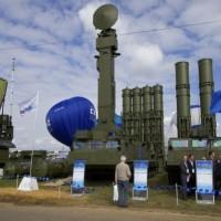 """روسيا تنوي تسليم سورية منظومات """"S-300"""""""