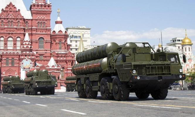 """بوتين لنتنياهو: نمد سورية بمنظومات """"S-300"""" لحماية العسكريين الروس"""