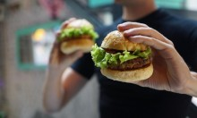 دراسة: الطعام السريع يزيد من خطر الاكتئاب