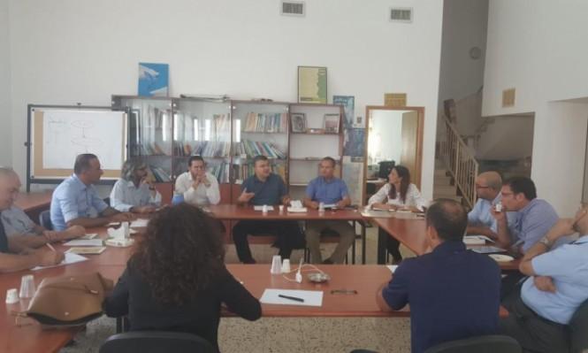 طاولة مستديرة في الناصرة: التأكيد على تعزيز مكانة اللغة العربية