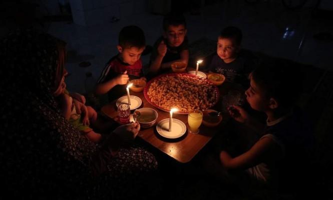 """""""هآرتس"""": قطر تحل مشكلة الكهرباء في غزة"""