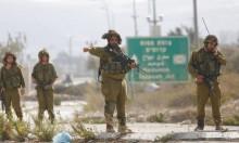 الاحتلال يغلق مدينة نابلس بحثا عن منفذ عملية الطعن