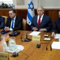 """نتنياهو يتوعد حماس و""""الكابينيت"""" يناقش التوتر مع غزة"""