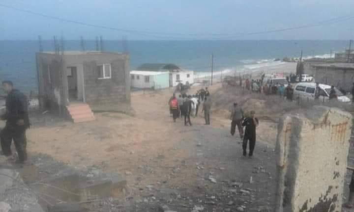 """غزة: شهيد في قصف للاحتلال والفصائل تصف إطلاق القذيفتين بـ""""غير المسؤول"""""""